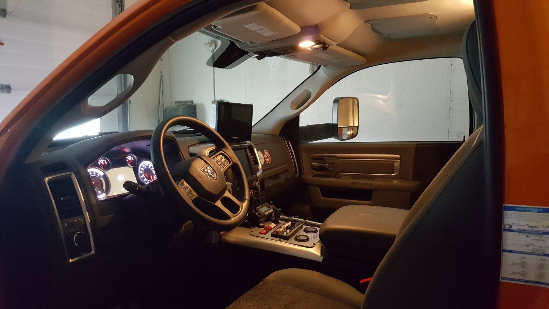 2016 Dodge 4